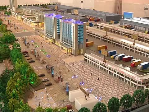 驻马店国际公路物流港项目建设如火如荼