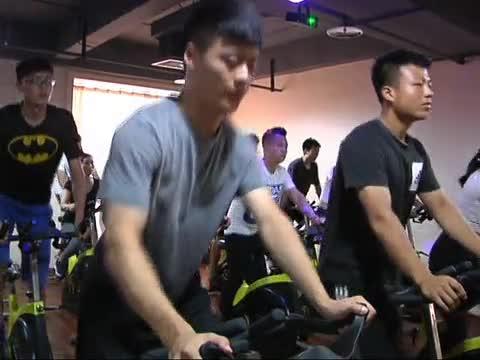 夏季市内健身火爆 专业人士提醒 锻炼有度