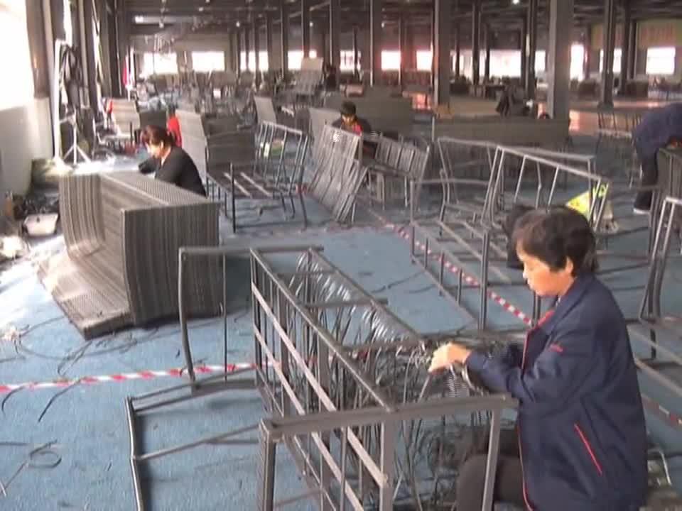 平舆 藤编产业带动贫困户群众脱贫增收