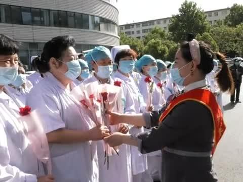 護士節 社會各界向醫護人員送上特殊禮物