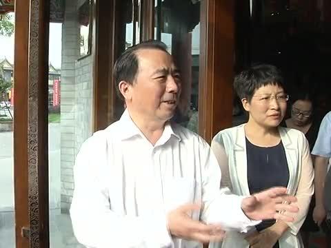 戚存杰督导创文公益广告宣传活动